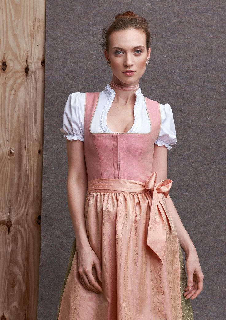 156 best kinga mathe dirndl images on pinterest blusen dirndl trachten und fr hjahr sommer. Black Bedroom Furniture Sets. Home Design Ideas