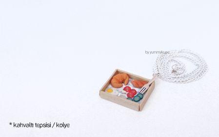 Kahvaltı Tepsisi Kolye  #fashion #design #miniature #food #art #miniaturefoodart #polymerclay #clay #minyatur #polimerkil #kil #nutella #tasarim #taki #sanat #moda #sokak #tutorial #yummykupe #mold #kalip #nasil #bileklik #kolye #kupe #yuzuk #aksesuar #kadin #ring #earring #accesorie #necklace #breakfast #breakfasttray