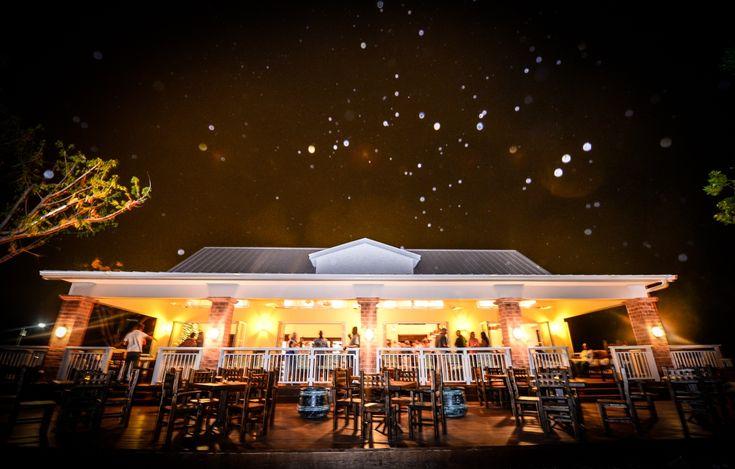 Morgan's Restaurant, Cayman Islands Yacht Club