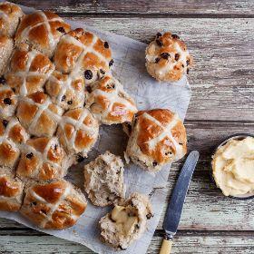 Hot cross buns with spiced honey butter