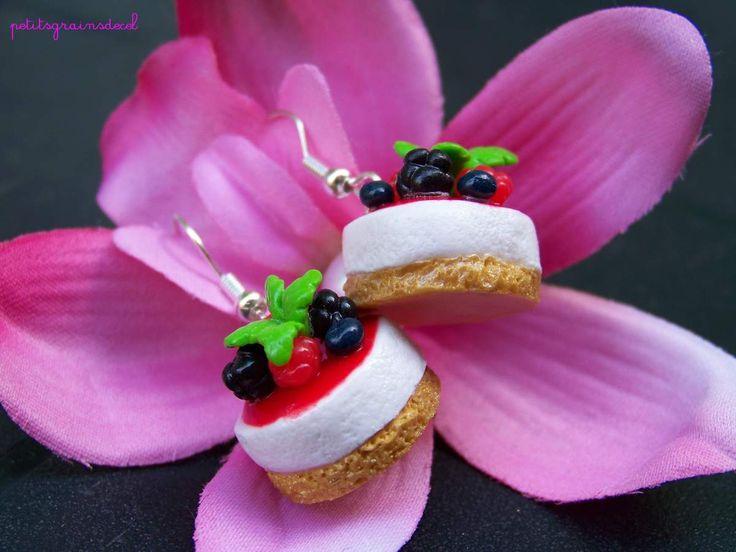 Boucles d'oreilles Cheesecake coulis fruits rouges - petitsgrainsdecel.com