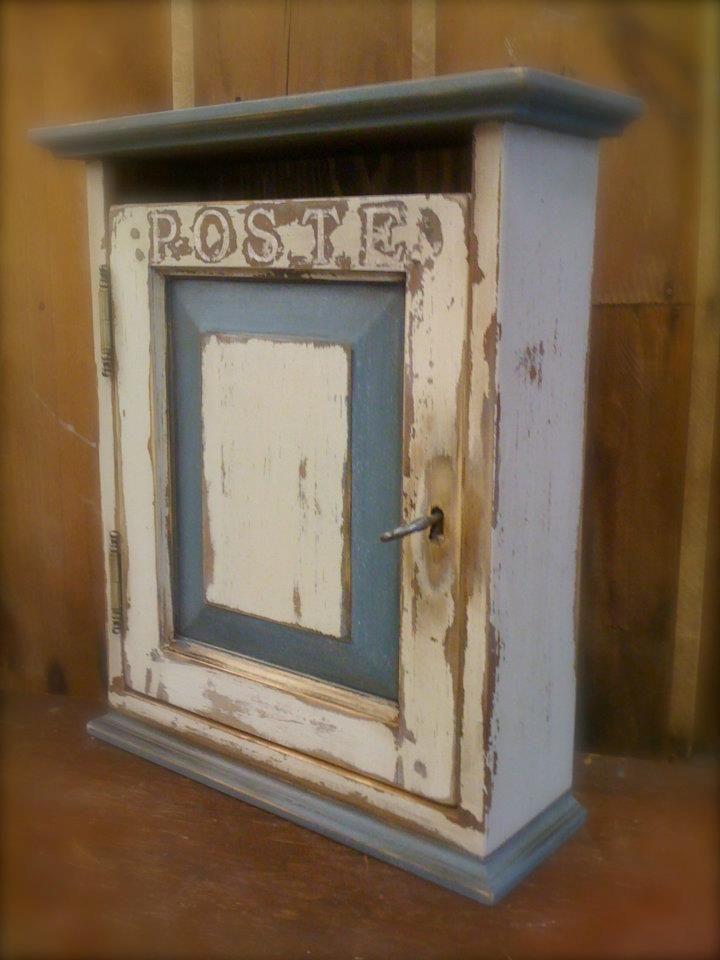 reproduction bo te clefs fa on bo te aux lettres assemblage mi bois porte moulures. Black Bedroom Furniture Sets. Home Design Ideas