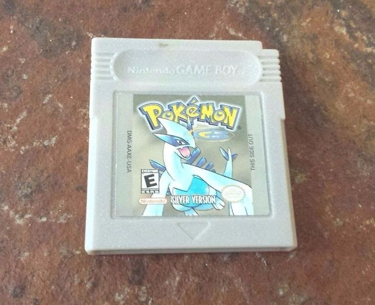 Original Gameboy Game Plays on GBC GBA SP POKEMON SILVER