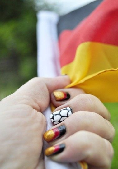 Germany changed a lot since the world cup of 2006 - they show their patriotic feelings without beeing nazis