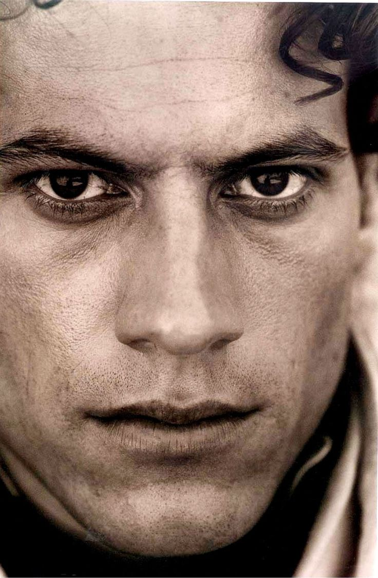 PLEASE LIKE THIS PAGE https://www.facebook.com/cloeclo12 Ioan Gruffudd-- loved him in the movie amazing grace