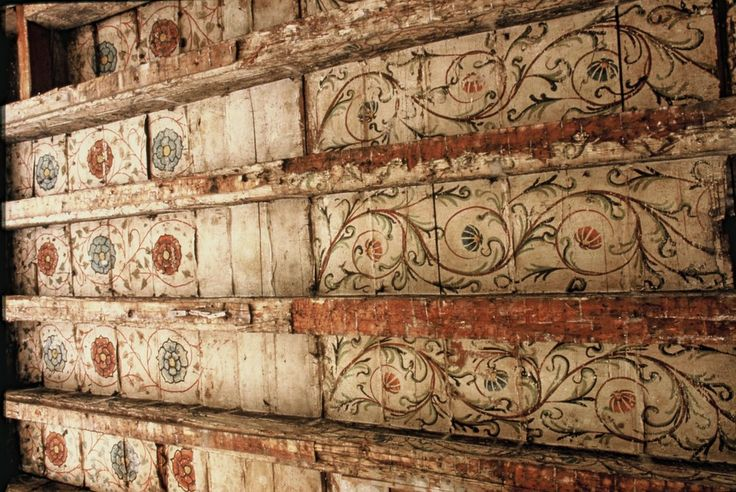 Plafond peint, décors végétaux, 15e-16e s., auteurs : Rieb, Jean-Pierre et Maire, Jean, 1987 Maison Istra, Strasbourg