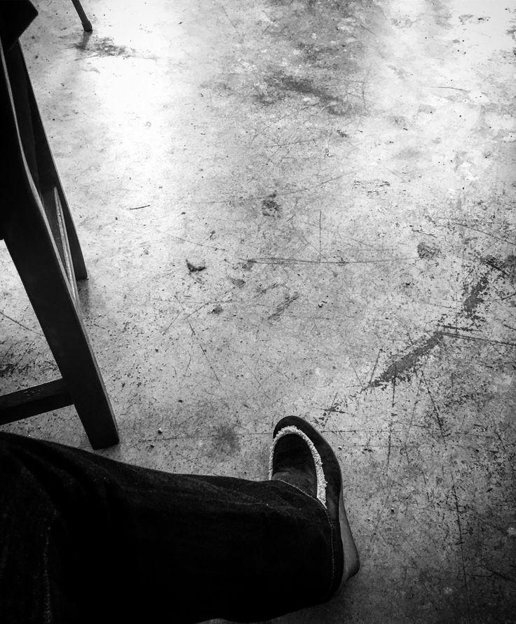 #tag31 #autorenwahnsinn - Schreibjahr 2017: Mehr Worte mehr Bücher mehr Vielfalt mehr Feedback von begeisterten Lesern und mehr 'wow: das kann Sprache - und das kann Sprache schaffen.' ... mehr: lasst aus Worten Werke machen - und zwar die guten . . . #author #schreibwahnsinn #novel #roman #lesen #schreiben #writerslife #autorenleben #lovemyjob #bookstagram #mpfund #wortesindmeinwesen