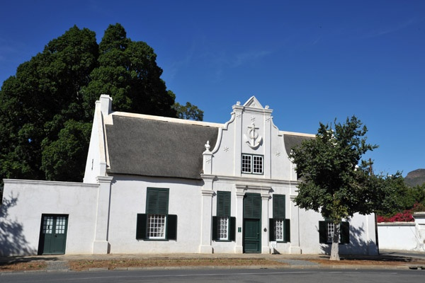 Urquhart House Museum, Graaff-Reinet, Built in 1806    For more information visit http://www.camdeboocottages.co.za/index.php/site-seeing/urquhart-house