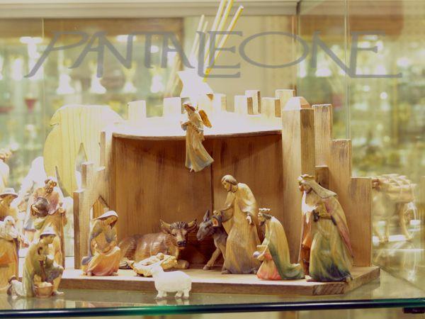 http://www.pantaleone.it/index.php/outlet-ita/articoli-natalizi/presepe-161109kd-detail