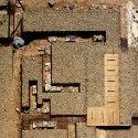 Adaptation of The Roman Ruins of Can Tacó  / Toni Girones © Sabem.com i Aeroproduccions