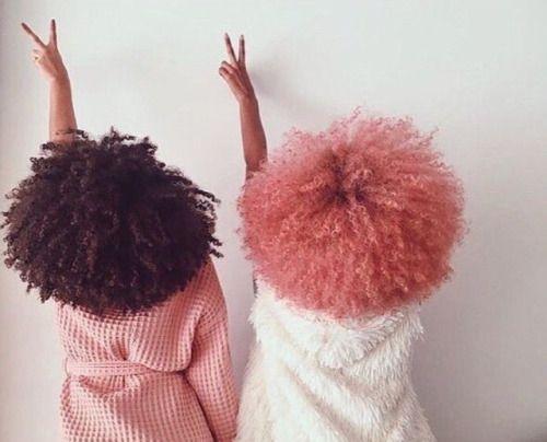 Coloration sur cheveux afro crépus naturels