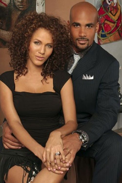 Boris Kodjoe and Nicole Ari Parker as Jackson and Ryan Muse on the television series Second Time Around.