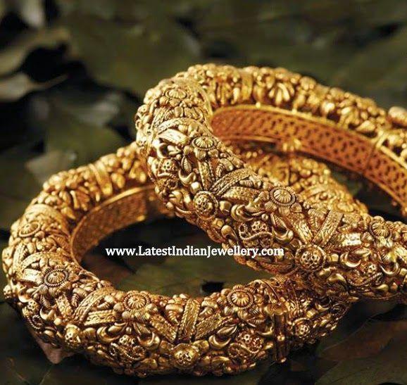 Intricate Design Gold Karas