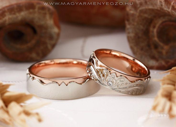 Kacor Variáció - karikagyűrű - wedding ring - Fehér és rozé arany karikagyűrűk kézi véséssel és apró gyémántokkal. www.magyarmenyegzo.hu