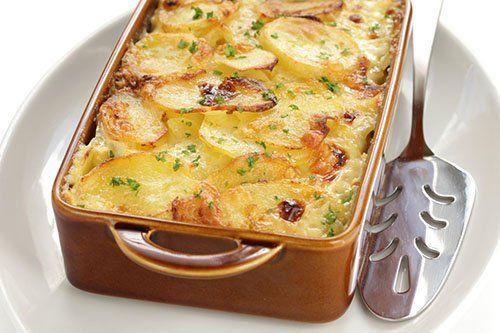 Gratinado de Patatas Dauphinoise Te enseñamos a cocinar recetas fáciles cómo la receta de Gratinado de Patatas Dauphinoise y muchas otras recetas de cocina..