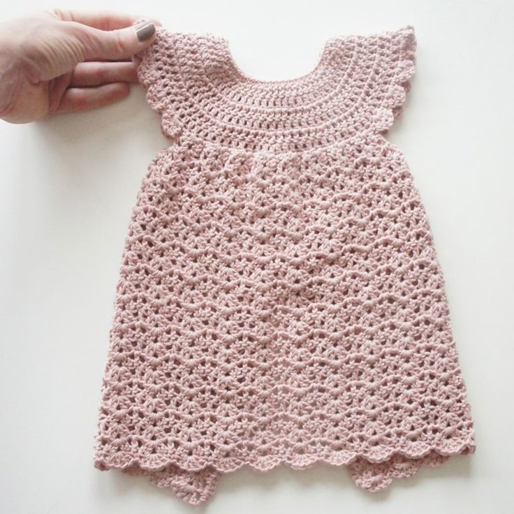Hæklet kjole, str. 3-6 mdr. // Crochet dress for babygirls