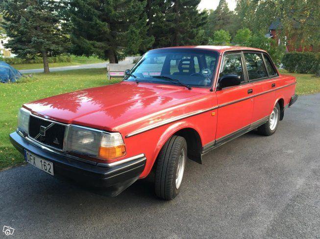 Säljer en mycket fin Volvo 240 GL -91 29743 mil   Min farbror som ägt bilen sen…