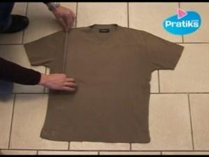 Come piegare una maglietta in 5 secondi [video]