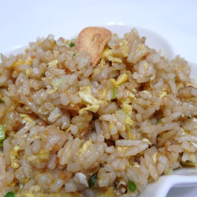 Simple Garlic Fried Rice
