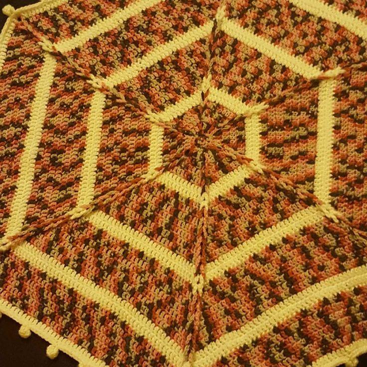 Hexagon crochet baby blanket