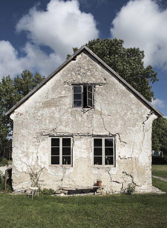 Step inside a beautifully simple Swedish island retreat on Gotland.