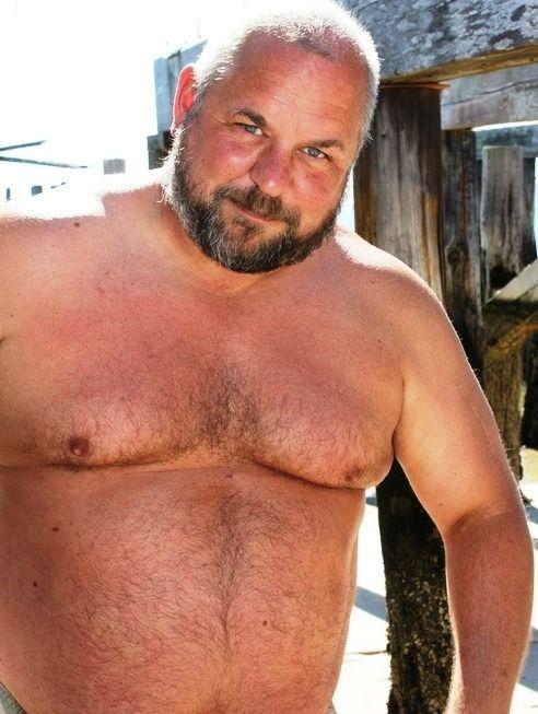 Nude girl on hot rod