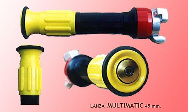 En Rojo 21 estamos encantados de poder ayudarle a la elección de las lanzas que mejor se adapten a sus necesidades.     Lanzas para su utilización en bocas de incendios, lanzas para limpieza de tuberías, lanzas contraincendios para uso profesional, etc,.    Disponemos de diversos modelos para mangueras de 25 mm. y para mangueras de 45 mm.