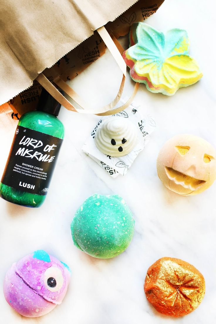 My haul of the Lush Halloween 2016 collection for the autumnal season featuring new additions and old favourites..