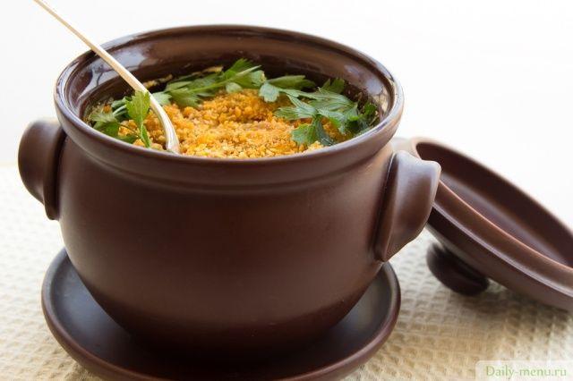 Рис с овощами в горшочке