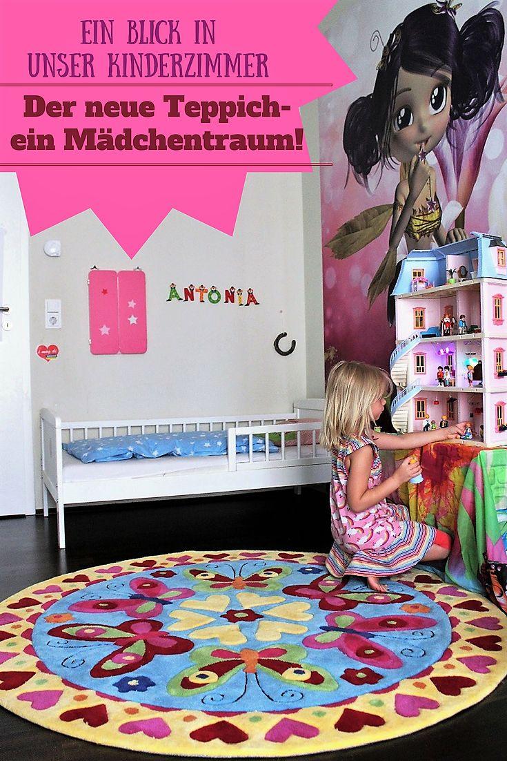 Heute nehme ich Euch mit in unser Kinderzimmer - und zeige Euch unseren neuen, den weltschönsten Kinderteppich. Meine Tochter hat ihn quasi selbst bemalt. Wie das? Lest mal!