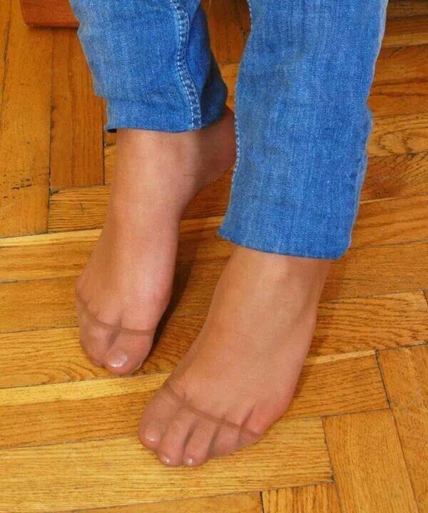 Nyloned foot