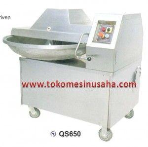 Bowl Cutter QS650:  Dimensi (mm) : 1200 x 1000 x 1138 Watt : 2.200 Voltage : 380V/3P Kapasitas produksi (kg/jam) : 1000 Volume : 50 L Berat : 360 Kg