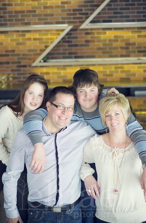 Becks - Lifestyle family #lifestyle #photography #ehjaephotography #family #familyportrait