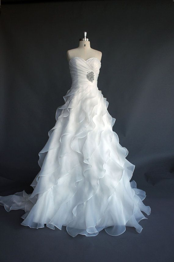 A-line Romantic ivory  layered Organza Wedding dress, Wedding gown, wedding dresses, wedding  gowns with corset neckline