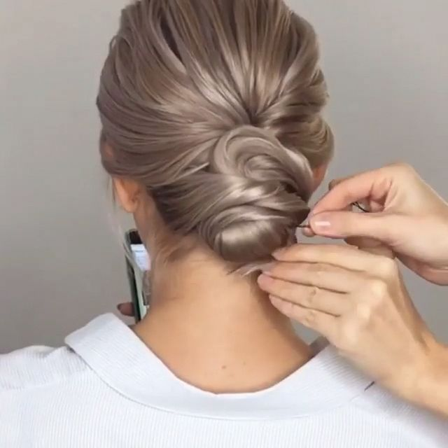 Do you wanna learn how to styling your own hair? Well, just visit our web site to seeing more amazing video tutorials! #hairtutorial #braidtutorials #hairvideo #videotutorial #updotutorial #updoideas #weddinghair #bridalhair #promhairupdotutorial # Braids videos for sports