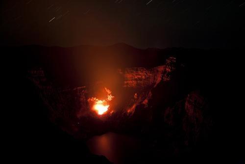 Explosión en el Gorely    El volcán Gorely se compone de doce cráteres volcánicos muy activos.
