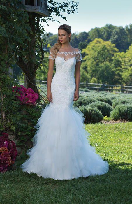 Sincerity Bridal 3985  Sincerity Elegant Xpressions Sioux Falls South Dakota, Sherri Hill Dresses, Allure Wedding Gowns, best bridal store Sioux Falls