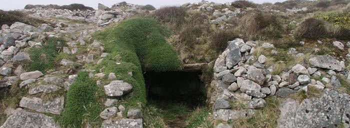 entrance to ballowall barrow, bronze age tomb.