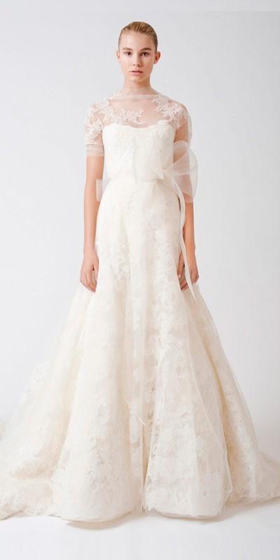 2013 Wedding Trend: Lace  http://taylormadesoirees.blogspot.com/