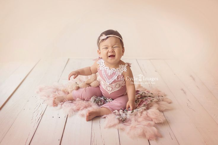 Newborn and Baby Photography, Rhodes » Fine art newborn photographer, maternity photographer, baby portrait, family photographer, based in Beaumont Hills. Service all areas such as Rhodes, Epping, North Sydney, North Shore and Western Sydney
