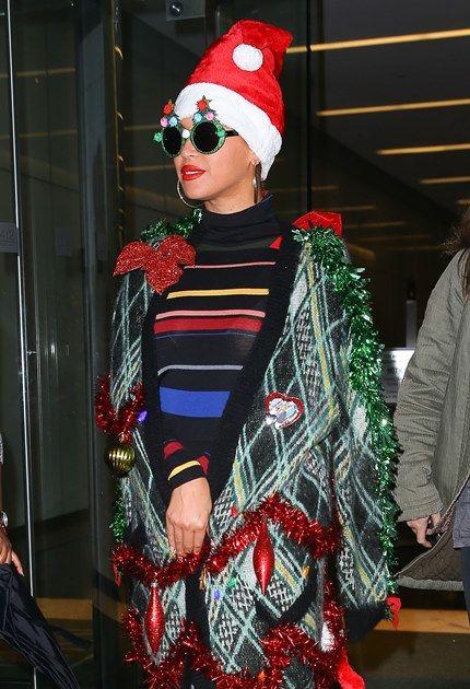 セレブ達の生活ニュース: ビヨンセのクリスマス衣装にはびっくり!
