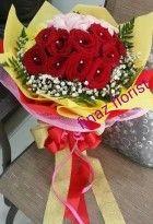 Bunga tangan, hand bouquet, karya TOKO BUNGA DI JAKARTA sangat memberikan warna baru penataan dan paduan warnanya yang pas buat ungkapkan perasaan Anda. Anda berminat? Segera hubungi TOKO BUNGA MURAH pada kontak yang tersedia.