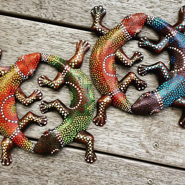 Hand-painted lizards, dot art Instagram dayna.bar