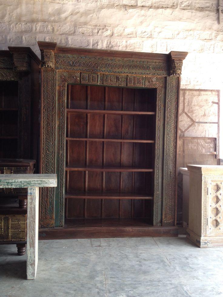 Carving bookshelf