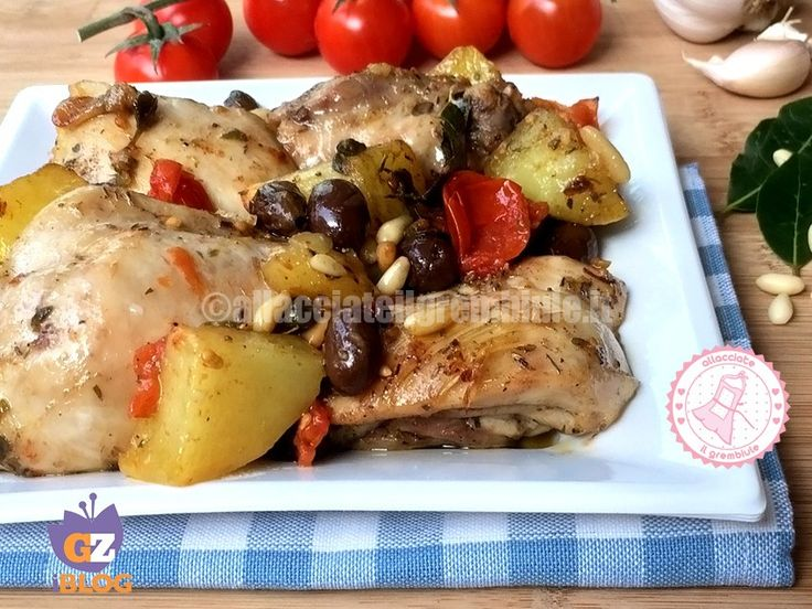 il pollo e patate aromatiche alla pugliese è una ricetta particolare e profumatissima che può essere utilizzata anche per altri tipi di carne come agnello o tacchino.