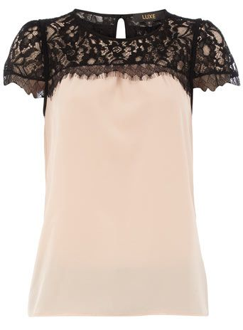 Pretty and feminine blouse to go with a great pencil skirt or skinny jeans. http://rstyle.me/htb52vmjmw