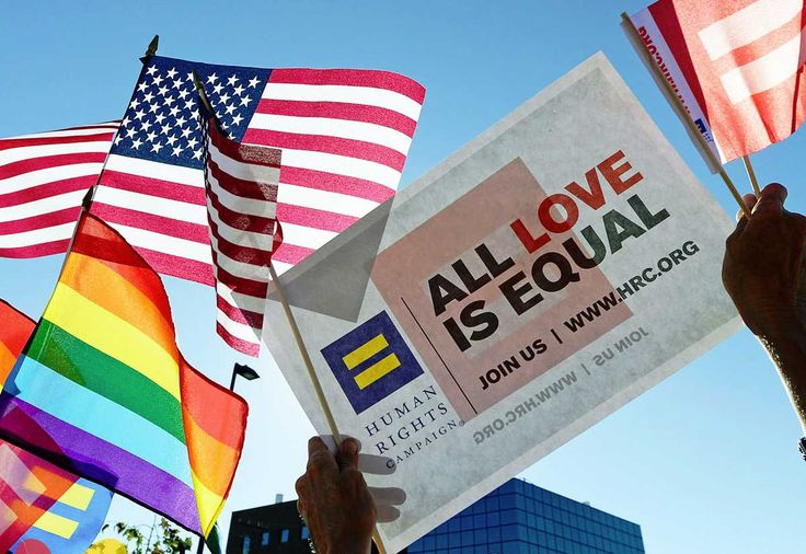 Una corte federal de apelaciones ha fallado a favor LGBT están protegidos bajo la ley de derechos civiles que prohíbe discriminación en el lugar de trabajo