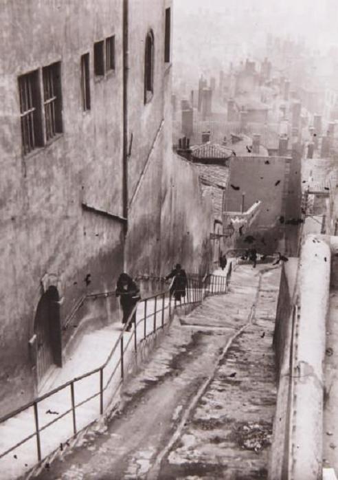 André Kertész - Escaliers, Paris, ca. 1930