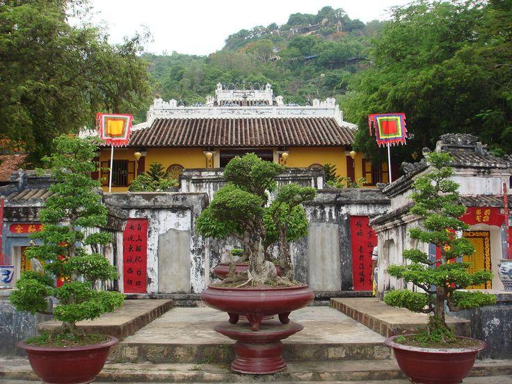 Mac Cuu #tomb is the most popular sightseeing spot in Ha Tien Town in the #Mekong #Delta province of Kien Giang. #maccuutomb #maccuu #hatientown #mekongdelta #kiengian #saigoncitytours #vietnam