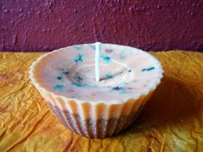 Nyári kreatív ötletek: Nyári muffin gyertya  http://www.hobbycenter.hu/Evszakok/muffin-gyertya.html